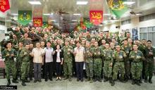 林姿妙探視慰問陸軍步兵入營新兵 提前賀節