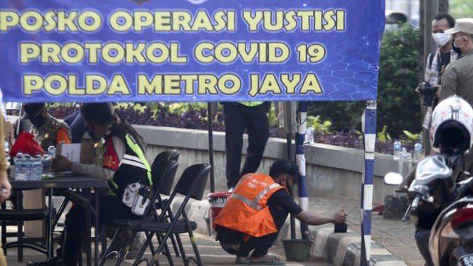 Dua Pekan PSBB Ketat DKI Jakarta, Volume Kendaraan Turun 21 Persen