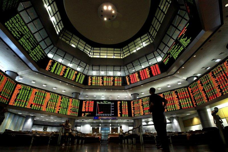 Pasar saham Malaysia berakhir menguat setelah turun hari sebelumnya