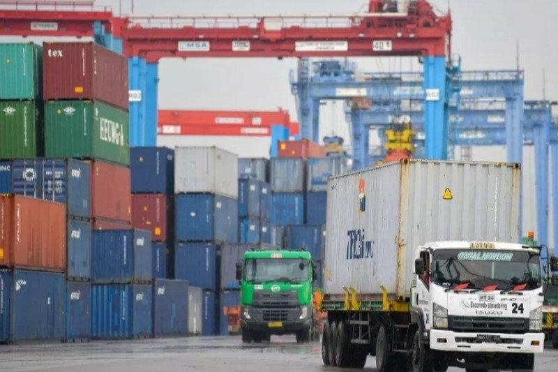 Akibat COVID-19, volume sektor logistik merosot