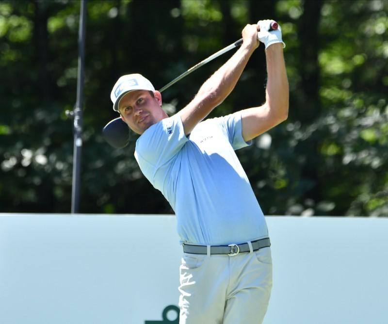 English shares lead at TPC Boston, Woods four back