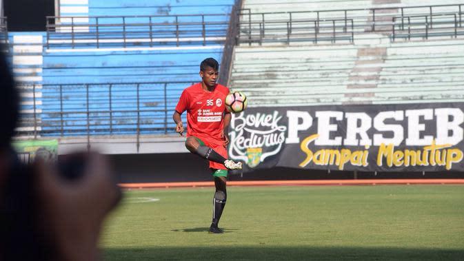Zulfiandi langsung gabung Timnas Indonesia U-23 usai Sriwijaya FC lawan Persebaya (Liputan6.com/Indra Pratesta)