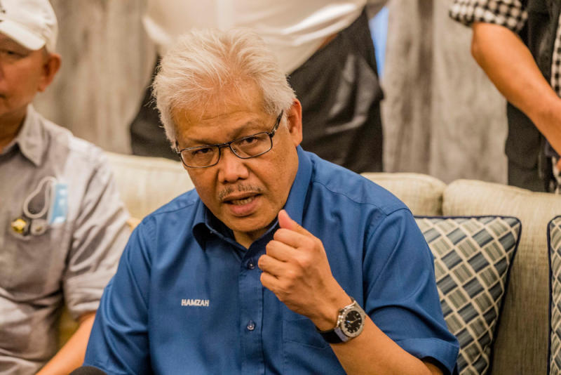 Datuk Seri Hamzah Zainudin said that he has spoken to all the party presidents involved to talk to each other and come to an understanding before polling day so as to minimise the problem of a split vote. — Picture by Firdaus Latif