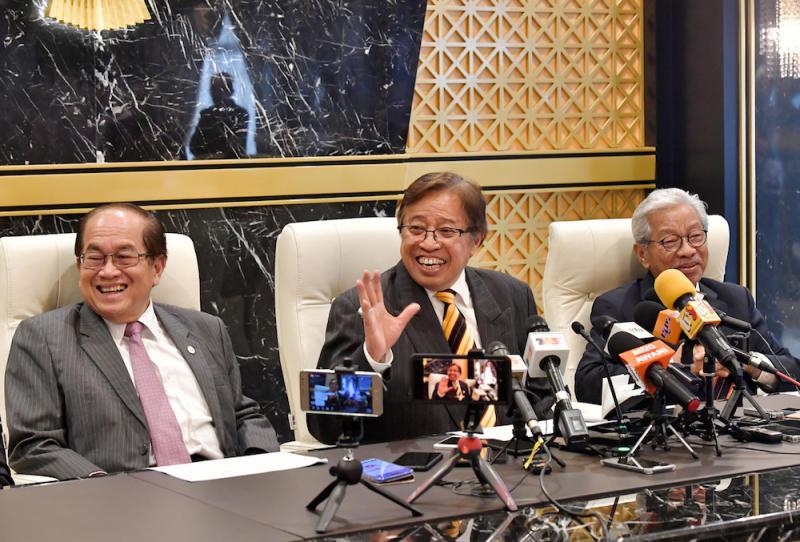 Datuk Amar Douglas Uggah Embas, Sarawak Chief Minister Datuk Patinggi Abang Johari Openg and Tan Sri James Masing address a press conference in Kuching August 22, 2019. — Bernama pic