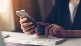 台灣社交距離App使用教學懶人包 確診者資料主動比對發通知提醒