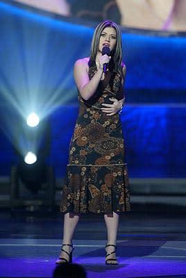 """Kelly Clarkson Final Three Fox's """"American Idol"""" - 8/27/2002"""
