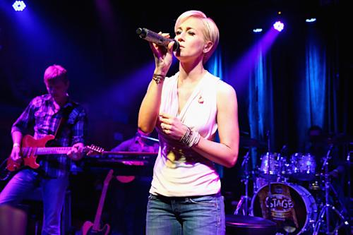 Kellie Pickler Branches Out on New Album 'The Woman I Am'
