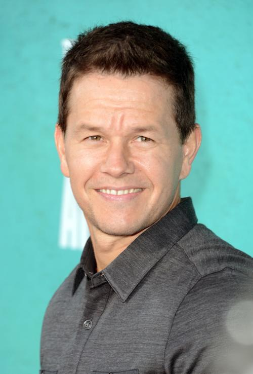 Fans react to Mark Wahlberg as star of 'Transformers 4′