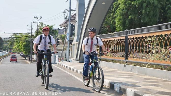 Potret Kota Surabaya Ramah Pengguna Sepeda (sumber: instagram/dishubsurabaya)