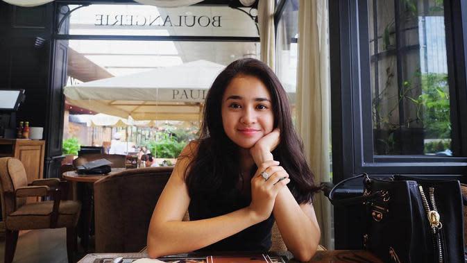 Michelle telah bermain dengan para aktor ternama seperti Dimas Anggara, Rio Dewanto, Jefri Nichol, Rizky Nazar. (Liputan6.com/IG/@michelleziu)