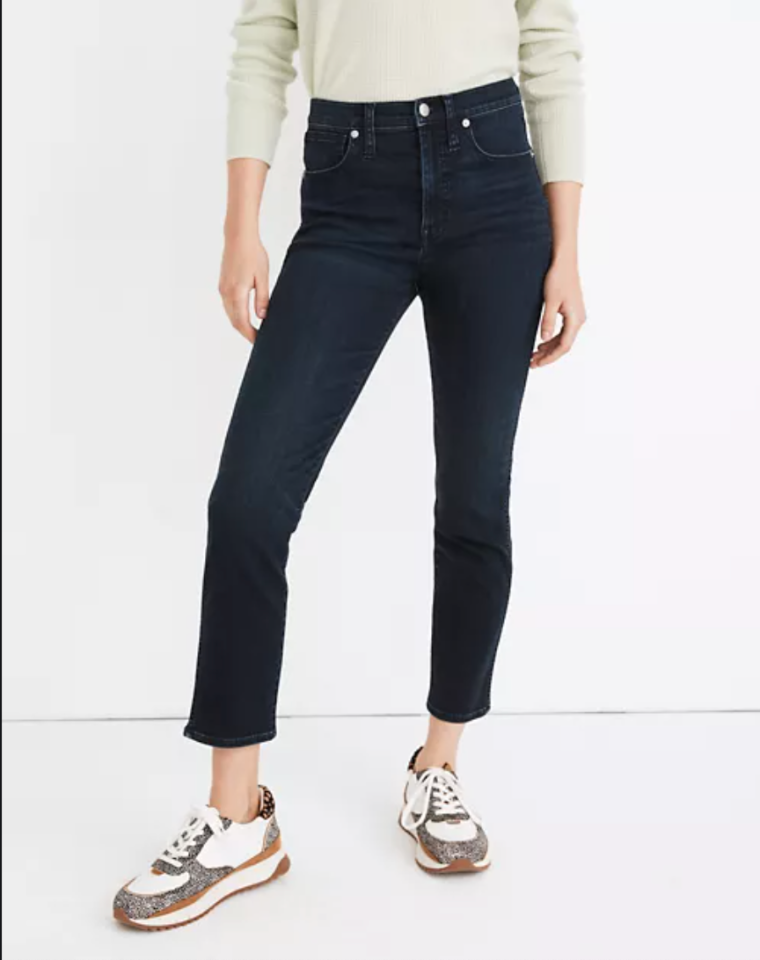 """<p><strong>Madewell</strong></p><p>madewell.com</p><p><a href=""""https://go.redirectingat.com?id=74968X1596630&url=https%3A%2F%2Fwww.madewell.com%2Fstovepipe-jeans-in-macintosh-wash-tenceltrade%253B-denim-edition-MB480.html&sref=https%3A%2F%2Fwww.elle.com%2Ffashion%2Fshopping%2Fg34276887%2Fmadewell-jeans-sale-october-2020%2F"""" target=""""_blank"""">SHOP IT</a></p><p><strong><del>$135</del> $75 (44% off)</strong></p><p>Because Madewell's Stovepipe jeans are soft to the touch, they're a smart choice for making the transition from sweatpants to denim more...seamless. If you want to add a piece to your capsule wardrobe, we also love how this wash plays nicely with everything.</p>"""