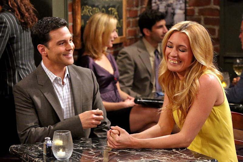 Which Gorgeous Guest Star on 'The Exes' Is Sporting Gross Fake Teeth?