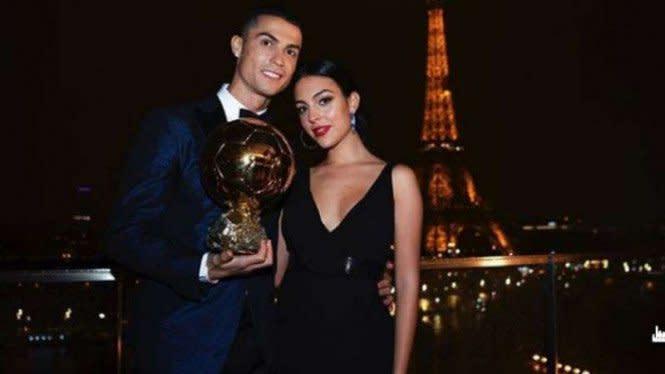 Model Lingerie Bongkar Caranya Goda dan Taklukkan Cristiano Ronaldo