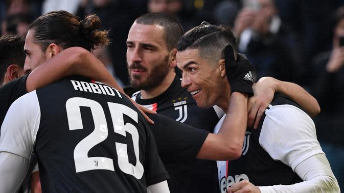 Cristiano Ronaldo Terus Cetak Gol, Muncul Teori Konspirasi Kocak soal Rambut Barunya