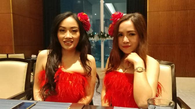 Ratna Pandita Kenalkan Personil Baru Duo Bunga Davina Celine
