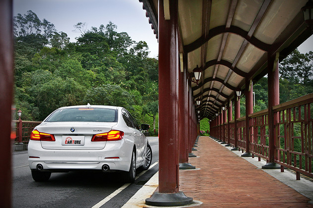 5力全開,試駕BMW 530i Luxury豈只得痛快?