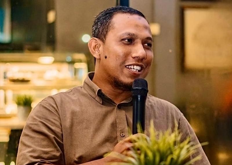 Ilham Centre executive director Azlan Zainal said Pakatan Harapan will have to avoid losing out in the perception war over the Jawi issue, but also noted the coalition's willingness to engage in dialogues. ― Picture courtesy of Azlan Zainal