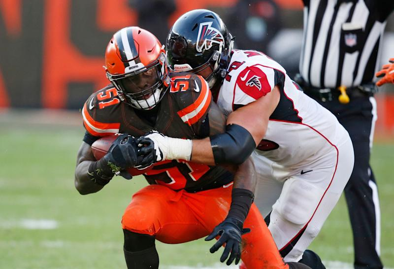 Browns release Collins after reportedly failing to land trade