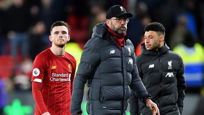 Manajer Liverpool, Jurgen Klopp, gagal membawa timnya meraih kemenangan saat bersua Watford pada laga pekan ke-28 Premier League di Vicarage Road, Sabtu (29/2/2020). The Reds takluk 0-3 dari The Hornets. (AFP/Justin Tallis)