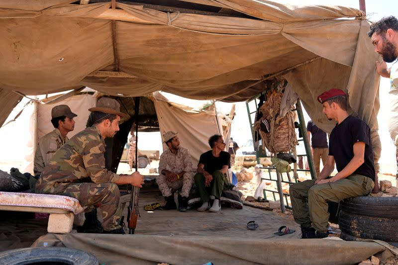 On Libya's front lines, Sirte is focus for regional rivalries