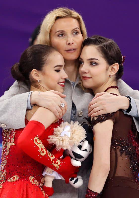 Figure skating: Russia's Medvedeva returns to former coach Tutberidze - RIA