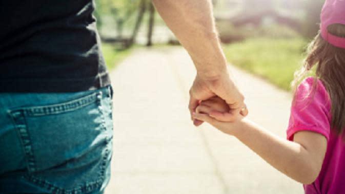 Ilustrasi ayah dan anak. (iStock)
