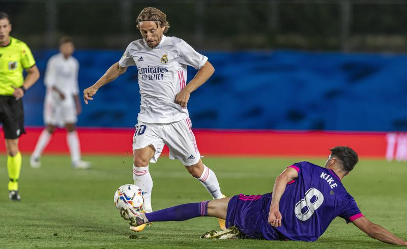 Real Madrid's Luka Modric (left) in action. (PHOTO: LaLiga Santander)