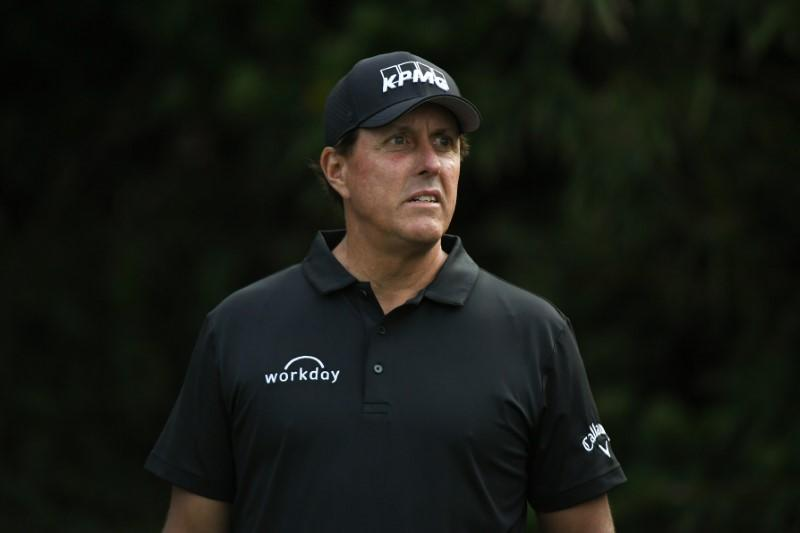 Mickelson relishes chance to take down Tiger at his own course