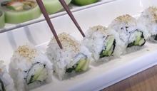 不敢吃生魚 加拿大日裔師傅改良作成加州捲