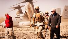 約翰‧馬侃不是英雄,他是戰爭販子