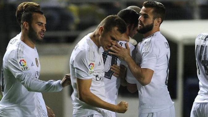 Para pemain Real Madrid rayakan gol ke gawang Cadiz (101 Great Goals/Liputan6)
