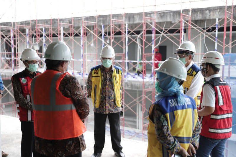 Menteri PUPR tinjau pembangunan Gedung Darurat COVID-19 di RSA UGM