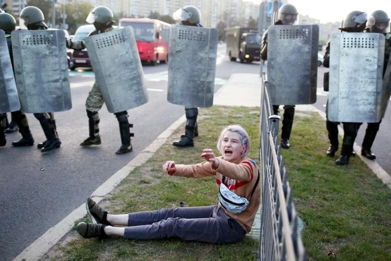 Belarus opposition holds 'people's inauguration' protest