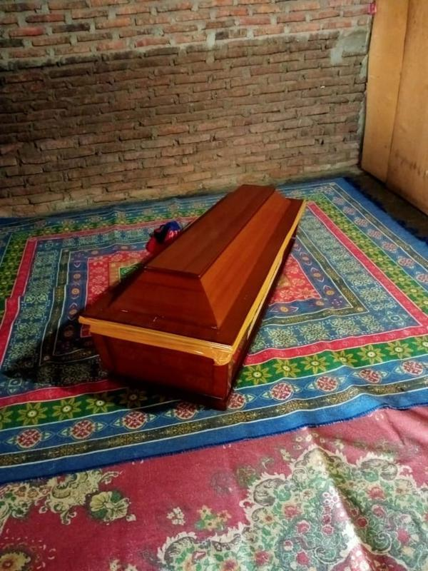 Peti jenazah bocah berusia 3 tahun di Bulukumba yang berstatus PDP (Istimewa)