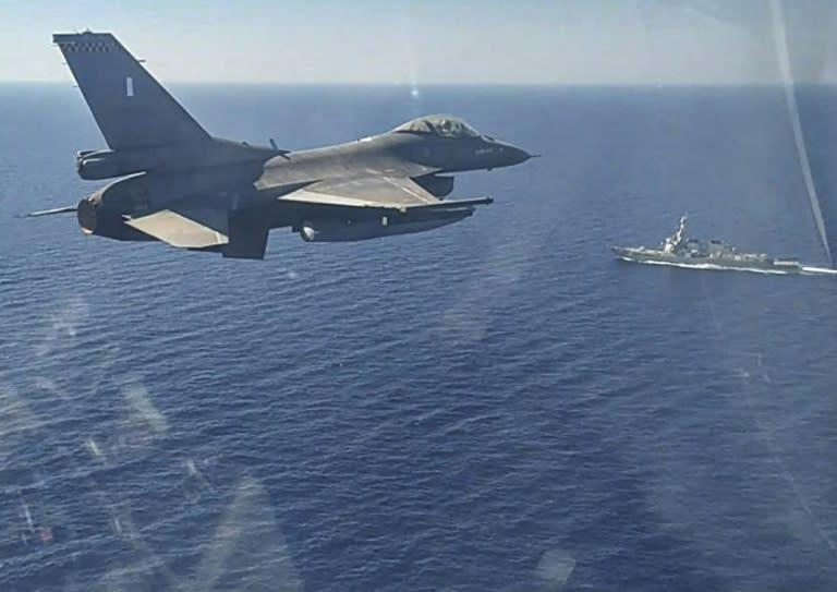 Turkey says ready for talks with Greece despite war games