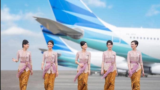 Kebaya pertiwi dirancang desainer Anne Avantie untuk seragam pramugari Garuda Indonesia. (dok. Instagram @anneavantieheart/https://www.instagram.com/p/Bzb2F4Hgm5y/Dinny Mutiah)