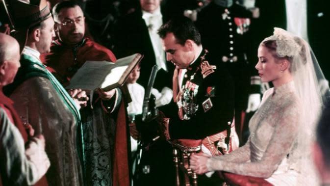 Grace Kelly dihari pernikahannya dengan Pangeran Rainier III. (AFP)