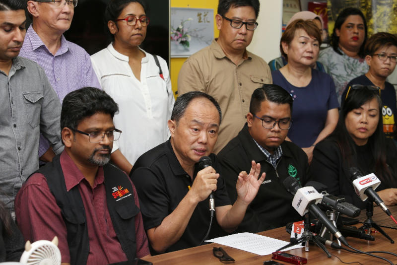 Bersih 2.0 chairman Thomas Fann speaks during the Bersih 2.0 and 34 NGOs press conference February 24, 2020. — Picture by Choo Choy May