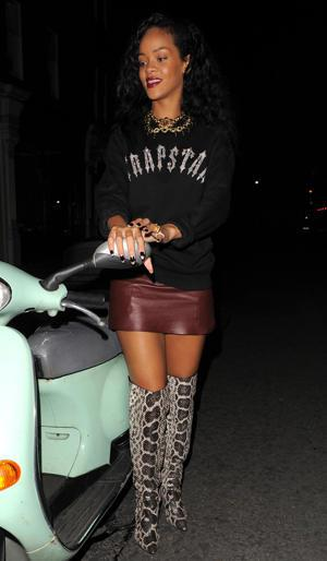Rihanna's Snakeskin Boots: Style-Strangling Or Runway Chic?