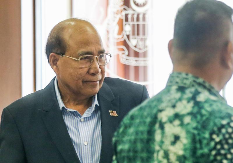 Datuk Seri Wan Ahmad Wan Omar is seen at the Kuala Lumpur High Court December 11, 2019. — Picture by Firdaus Latif