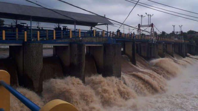 Bogor Diguyur Hujan Sejak Sore, Bendung Katulampa Siaga 1