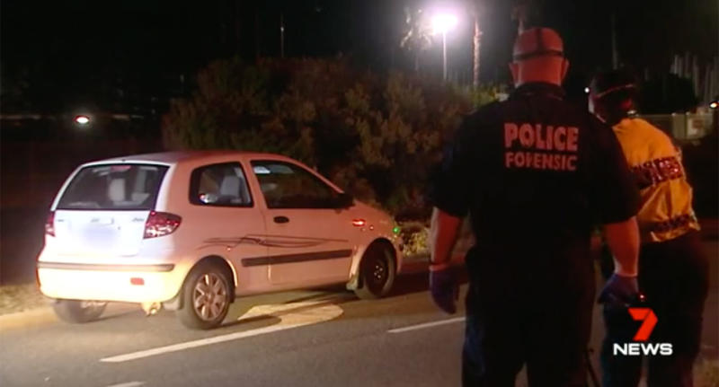 Police later tracked down the car in Fremantle where they allegedly found the replica and a stash of heroin. Image: 7 News