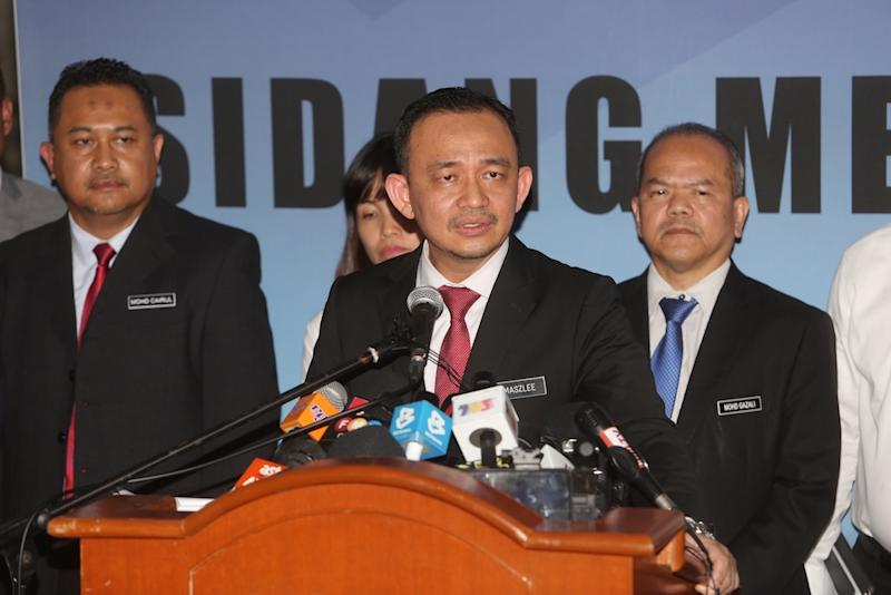 Last week, a report cited an unnamed source as claiming Maszlee had appointed at least 26 university officials with salafist leanings from Ikram who were aligned to him and Perlis Mufti Datuk Mohd Asri Zainul Abidin. — Picture by Choo Choy May