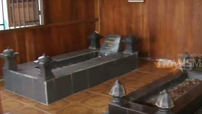 Rumah komedian Mandra. (Youtube via Merdeka.com)