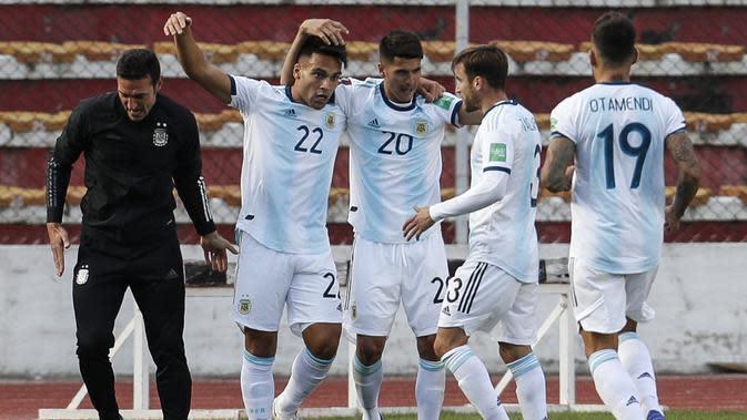 Timnas Argentina meraih kemenangan 2-1 atas Bolivia pada laga kedua kualifikasi Piala Dunia 2022 zona Amerika Selatan di Estadio Hernando Siles, La Paz, Rabu (14/10/2020). (Juan KARITA / POOL / AFP)