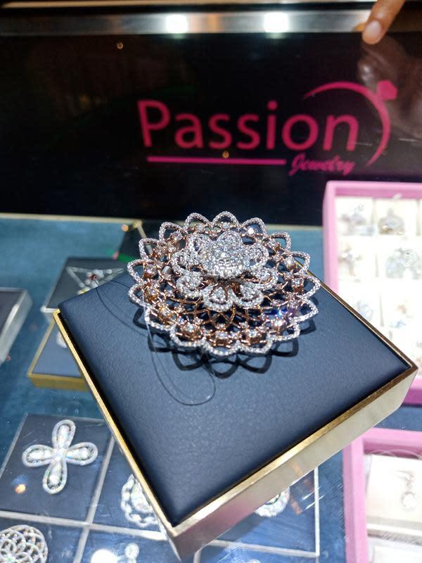 Mengintip koleksi perhiasan emas berlian penuh makna dan inovasi dari Passion Jewelry (Foto: Vinsensia Dianawanti)