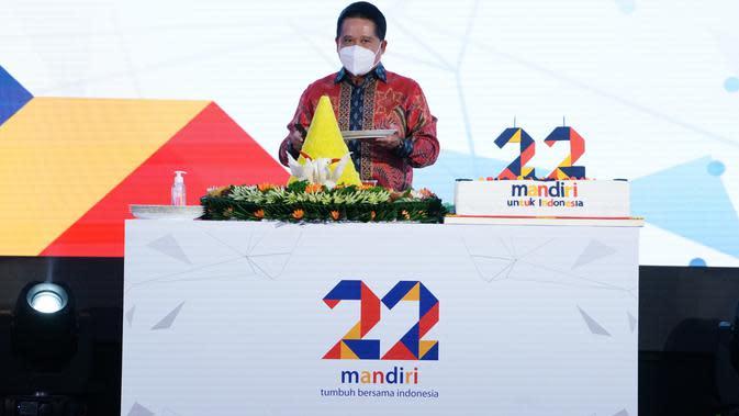 Untuk merayakan ulang tahun ke-22, Bank Mandiri menghadirkan aksi sosial.
