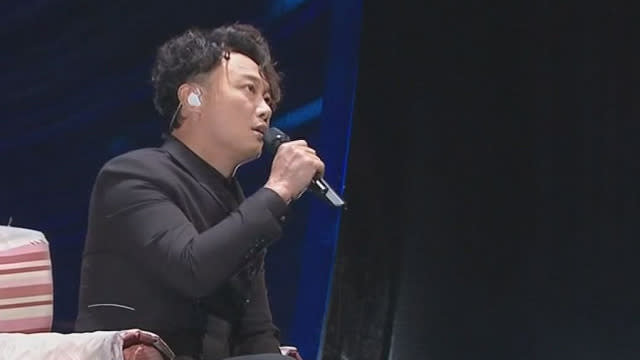 陳奕迅深情演唱「我們」 網讚救了金馬獎
