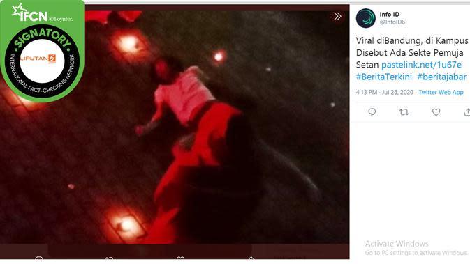 Informasi yang salah soal pemujaan setan di kampus yang ada di Bandung. (Twitter/@infoD6)