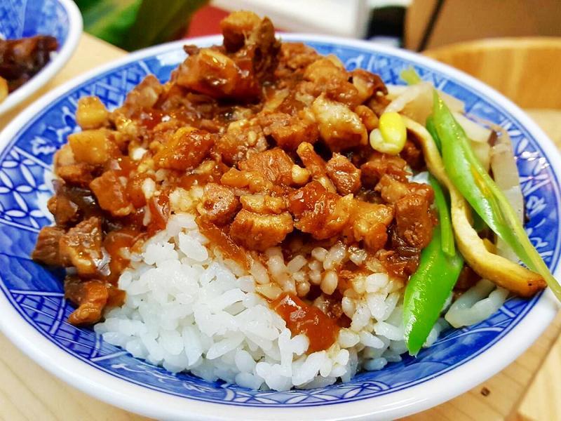 曼波魚滷肉飯